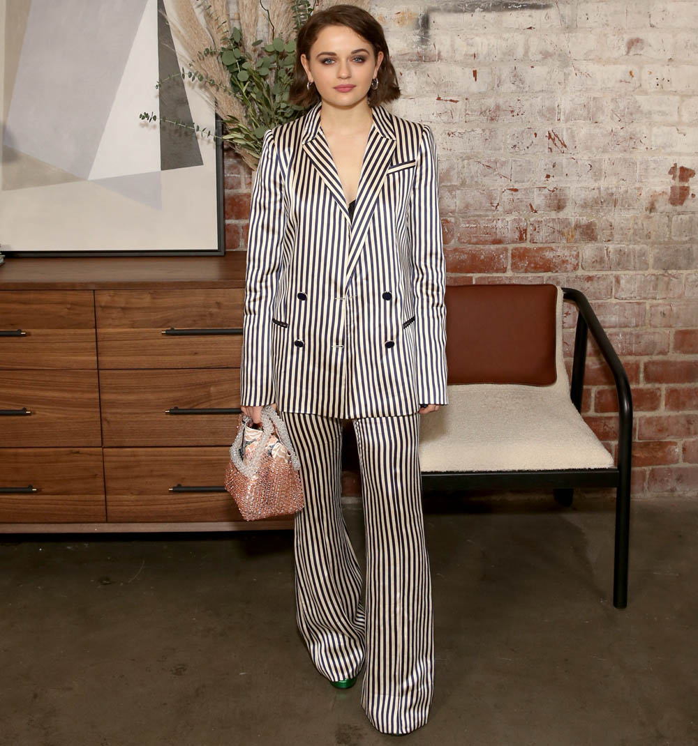 joey king in PAULE KA