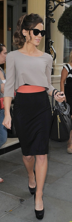 kate beckinsale was seen wearing paule ka